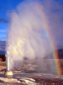 rainbow-over-geyser-yellowstone-national-park-wyoming
